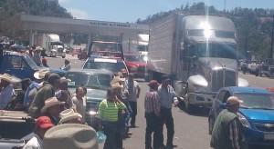 Ejidatarios-bloqueo-Mazatlán-Durango
