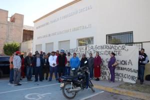 Piden justicia. Extrabajadores de la mina La Valenciana insisten en el pago de liquidación. (El Siglo de Torreón)
